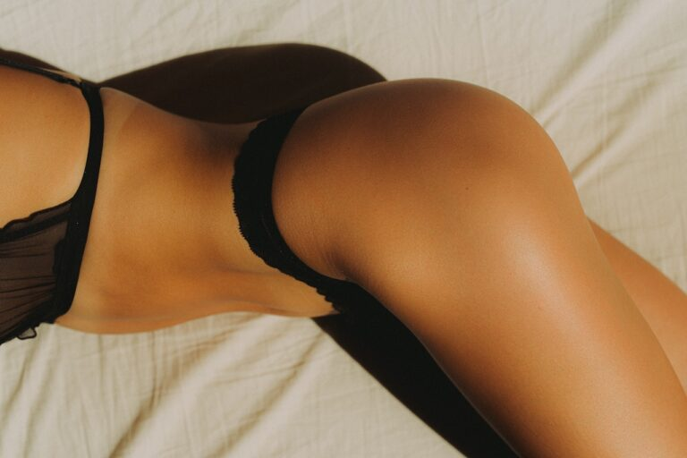 The Hottest Latin Celebrities: Jennifer Lopez Butt